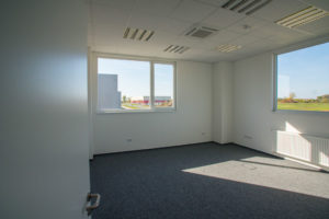 K1 iparcsarnok iroda